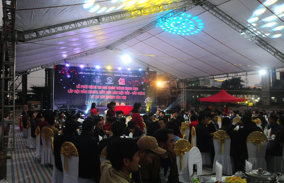 Lễ phát động thi đua tại dự án cầu Hoàng Văn Thụ - TP Hải Phòng