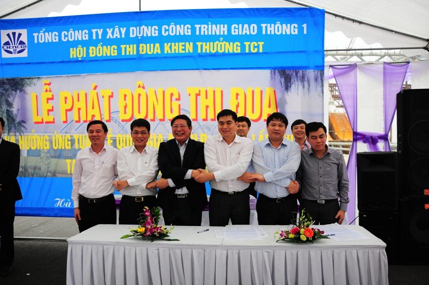 Phát động và ký giao ước thi đua 180 ngày đêm hoàn thành dự án Cầu Đông Trù