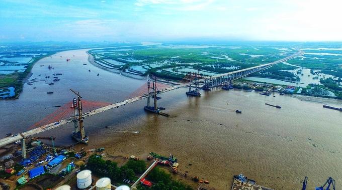 Cầu Bạch Đằng bắc qua sông Bạch Đằng nối Hải Phòng với Quảng Ninh